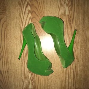 Qupid lime green peep toe platforms